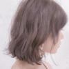 【ピンクグレージュ】この色に染めるときのポイントと、髪質に合わせた色味の選び方。